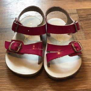 Saltwater pink sandals